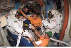 Foto astronautas en el espacio