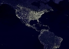 Foto La tierra por la noche, áreas más urbanizadas