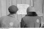 Foto Polonia - Zichenau - Judío ante una notificación