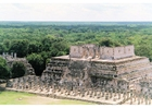 Foto Templo de guerreros en Chichen Itza