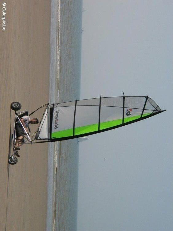 Windsurf en la playa